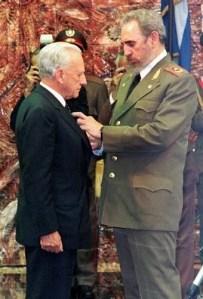 Fidel-Castro-Decorates-Prince-Fra-Andrew-Bertie-Grand-Master-Knights-of-Malta-Order-Of-Havana