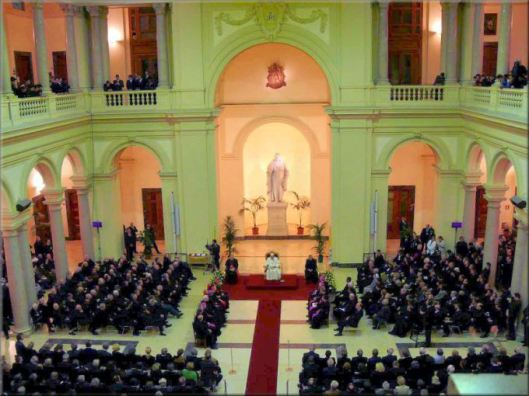 popes-visit_to_papa_pug_2