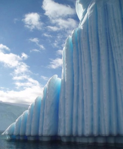 antarctic ice wall1