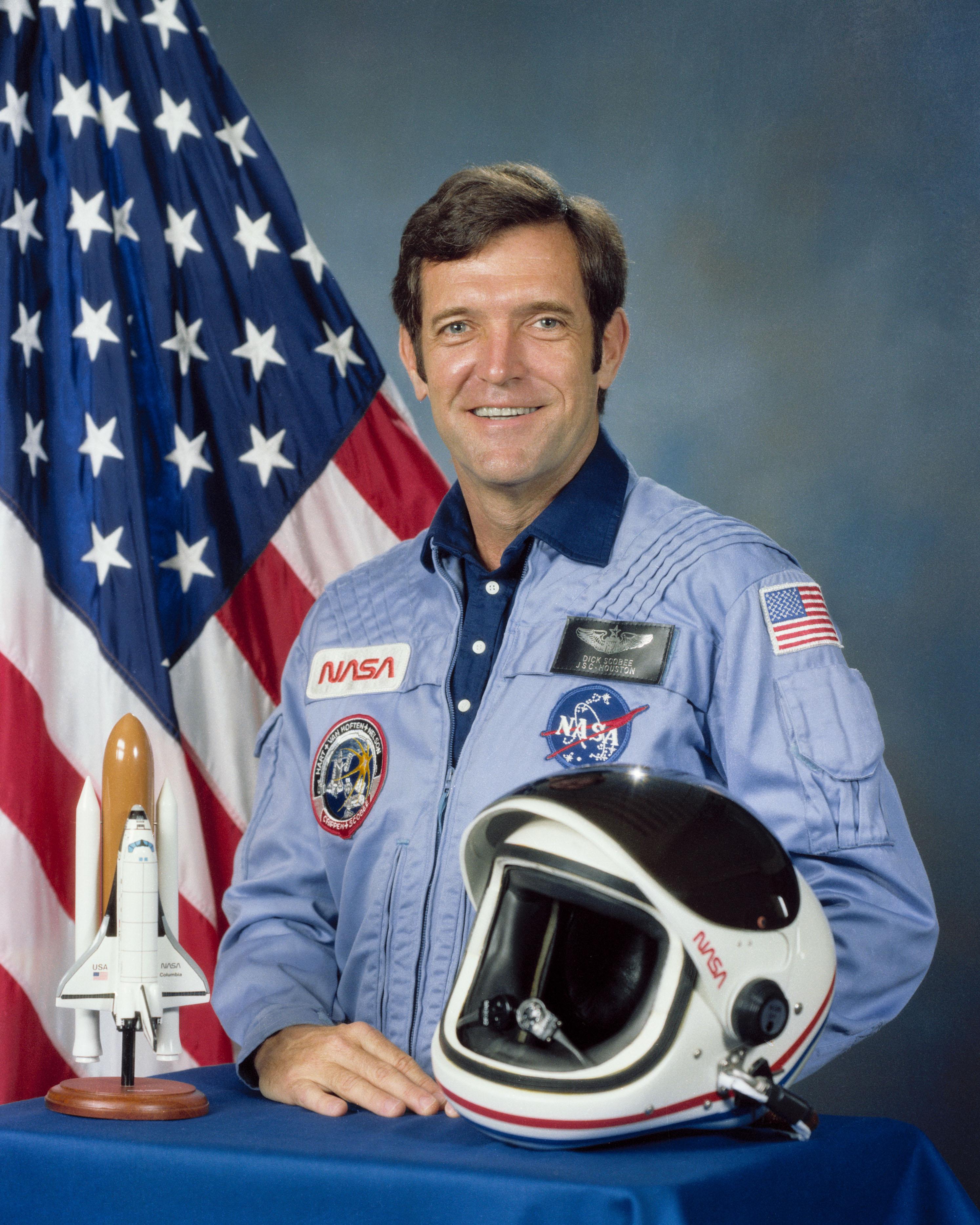 Dead Challenger Astronaut Dick Scobee Alive on Facebook ...