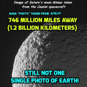 fe-nasa-saturn-earth-photo